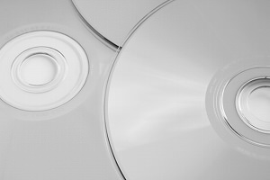 著作権が消滅している曲でもCDをコピーしてはいけないの?