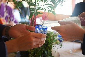 結婚式 お酌